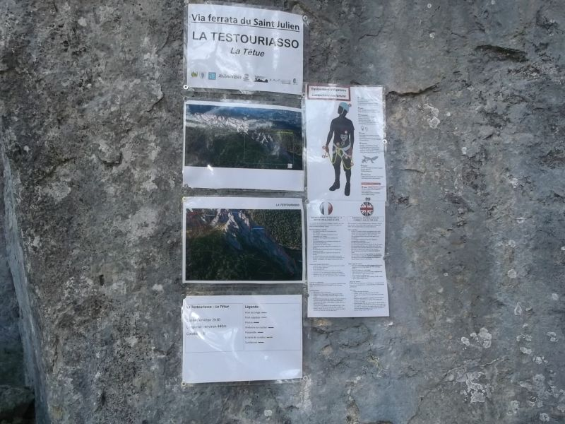 Rocher du Saint-Julien: buislesbaronnies059.jpg