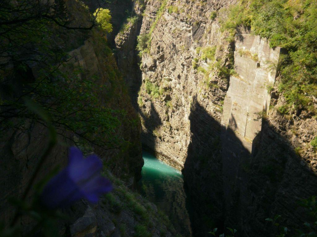 Les Tunnels & Le Grand Frisson: corpsbarragedusautet033.jpg