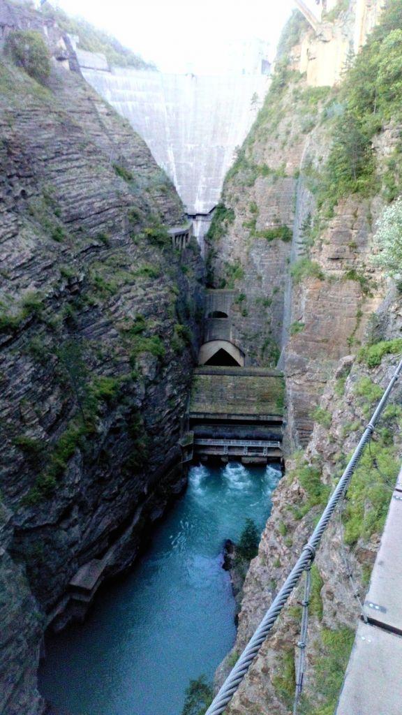 Les Tunnels & Le Grand Frisson: corpsbarragedusautet060.jpg