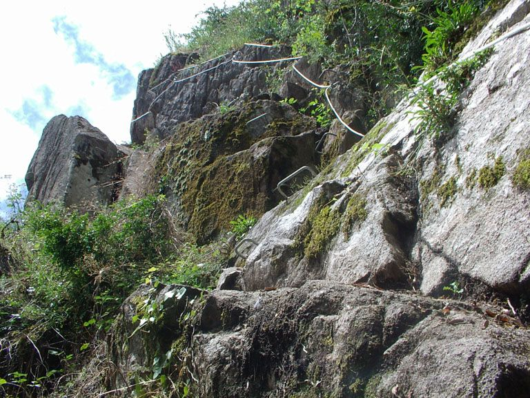 La via Ferrata du haut des gorges du haut cher: lignerolles005.jpg