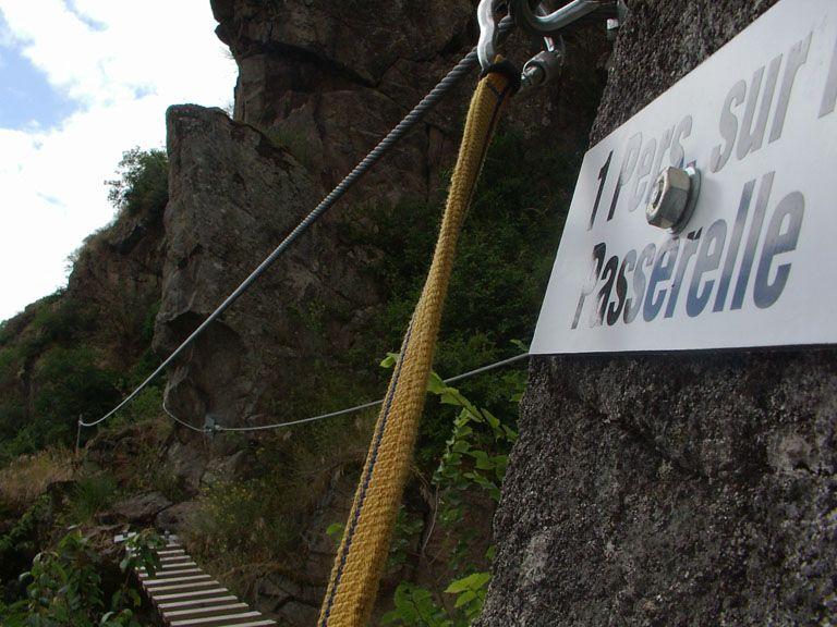 La via Ferrata du haut des gorges du haut cher: lignerolles010.jpg
