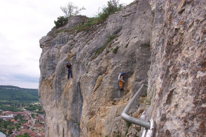 La via ferrata de la Roche du Mont: ornans07.jpg