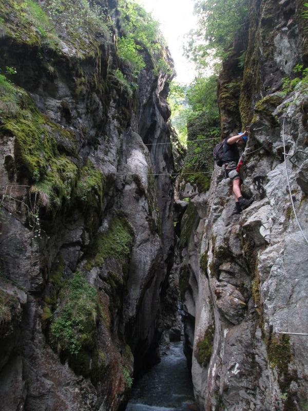 Gorges d'Ailefroide: pelvouxlesclaux019.jpg