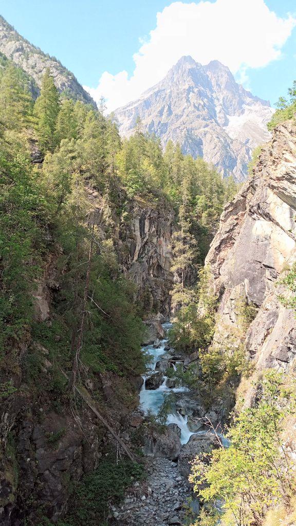 Gorges d'Ailefroide: pelvouxlesclaux042.jpg