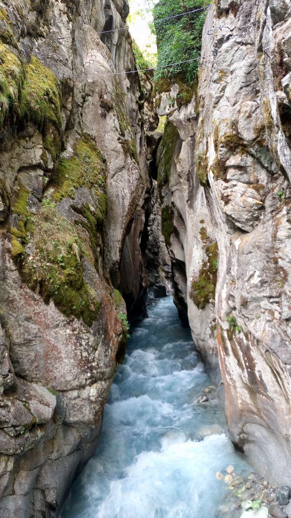 Gorges d'Ailefroide: pelvouxlesclaux046.jpg
