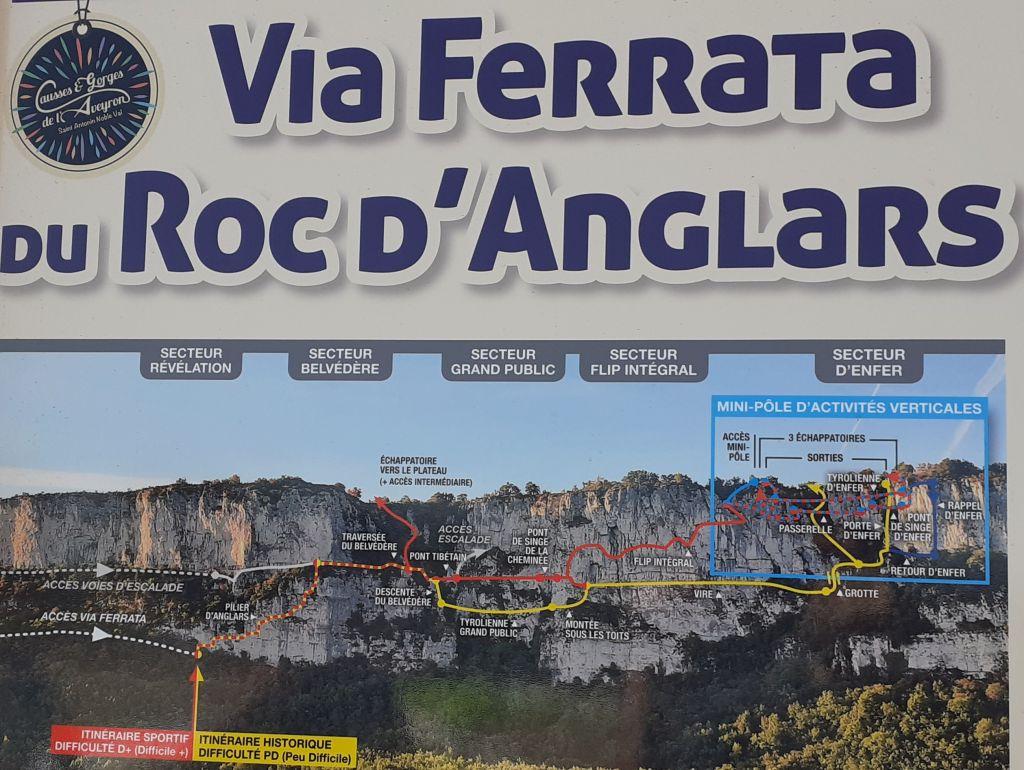 Le Roc d'Anglars: saintantoninnobleval011.jpg
