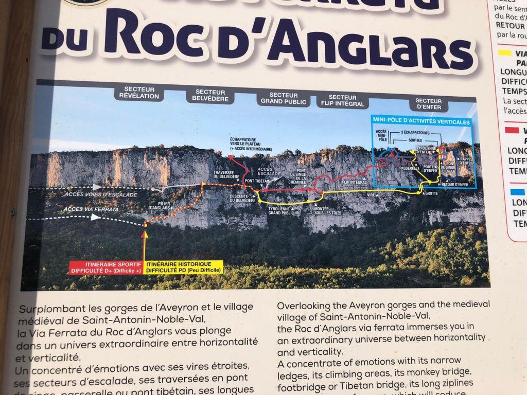 Le Roc d'Anglars: saintantoninnobleval013.jpg