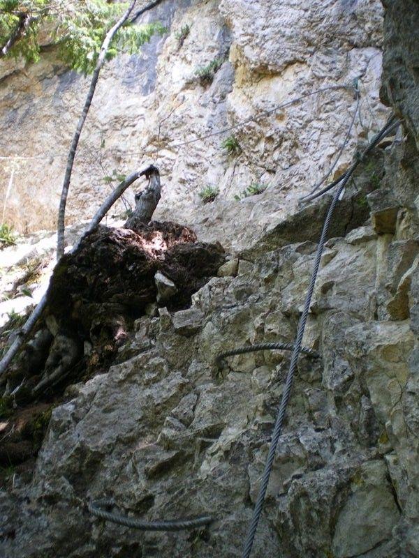 La via ferrata Revaclier (au Bois du Pomier): stjulienengenevois010.jpg